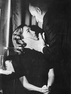 Hitchcock ja Vera Miles Väärän miehen kuvauksissa 1956